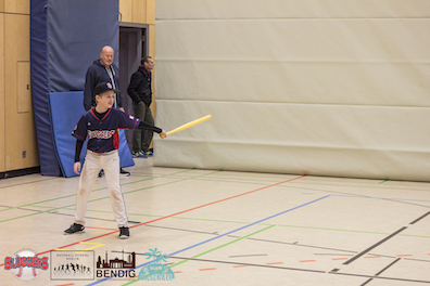 babe ruth style (righty)